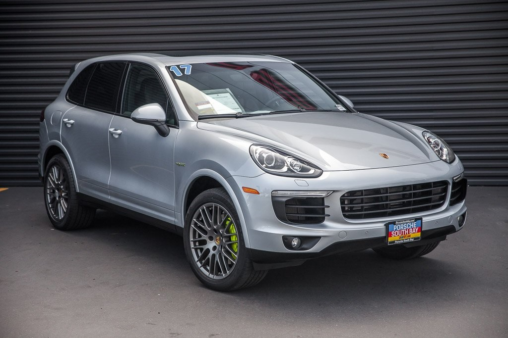 Certified Pre Owned 2017 Porsche Cayenne S E Hybrid Platinum Edition